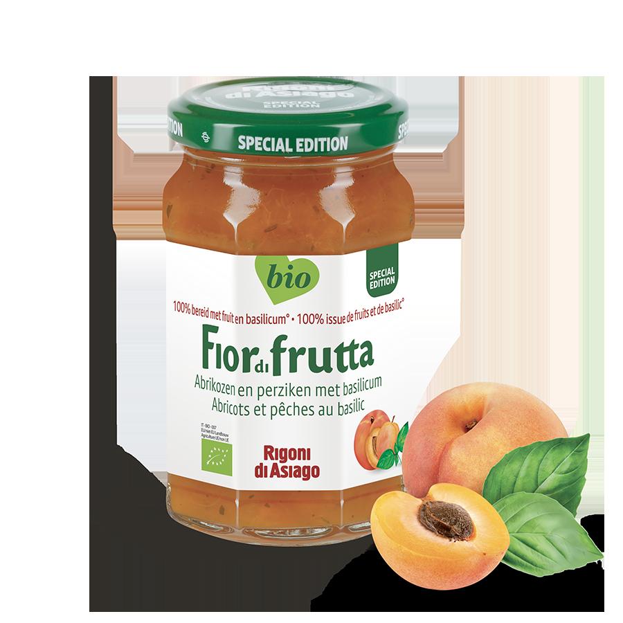 Abrikozen en perziken met basilicum